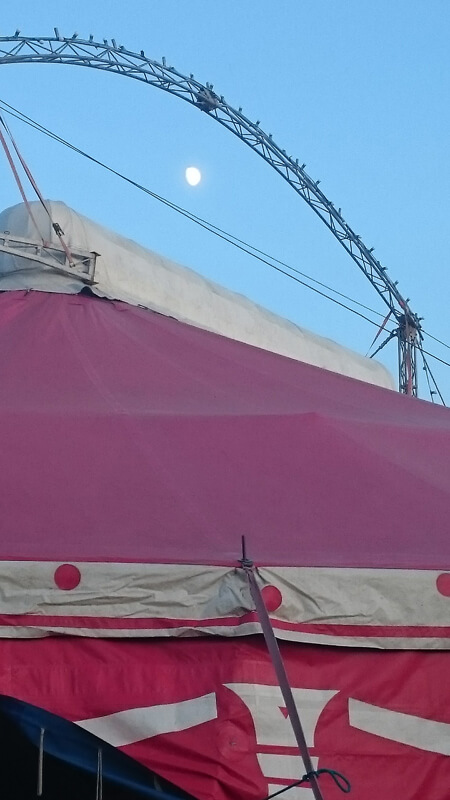 cirque-cabriole-chapiteau-1