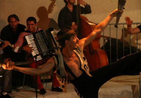 cirque-la-cabriole-cabaret-ephemere-1