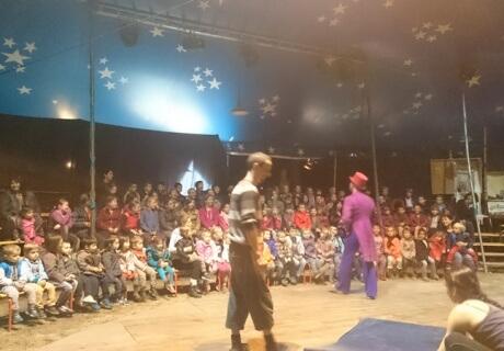 cirque-la-cabriole-spectacle-pedagogique-1