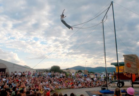 cirque-la-cabriole-du_rififi_dans_la_roulotte