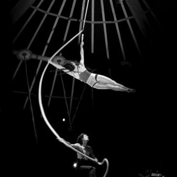 cirque-la-cabriole-numeros-aeriens-2