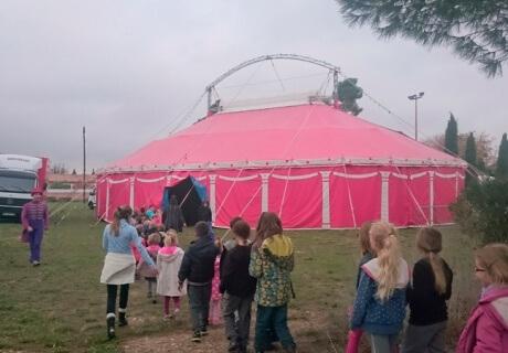 cirque-la-cabriole-spectacle-pedagogique-2