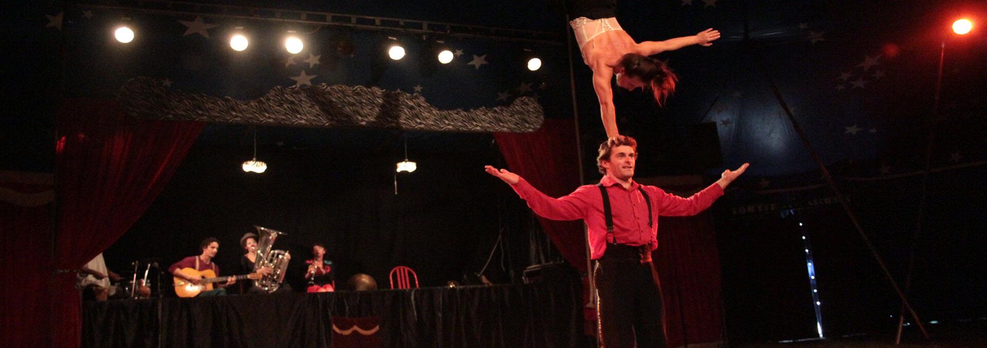 cirque-la-cabriole-star-cabarets-ephemeres